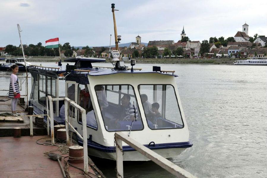 Elektromos átkelőhajó - Szentendre