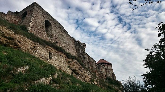 Macskaút - Bazilika