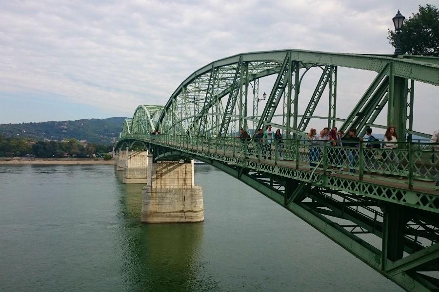 Mária Valéria Híd - Motoros Angyalok