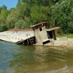 Rozsdás hajók - Pilismaróti hajótemető
