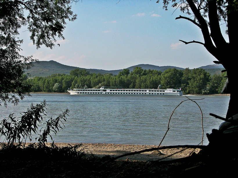 Vadkemping - Duna-part