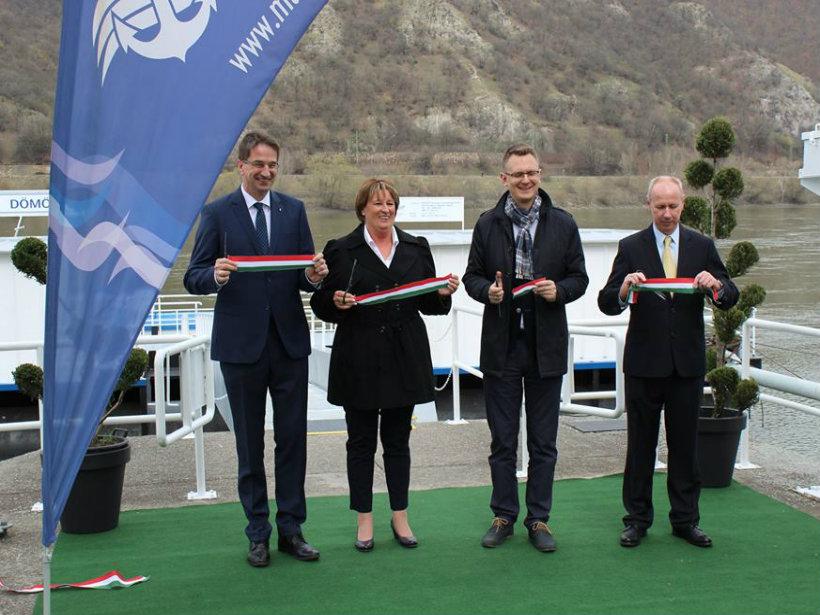 Dömösi átkelőhajó átadás - 2018