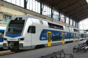 Emeletes vonat Vác