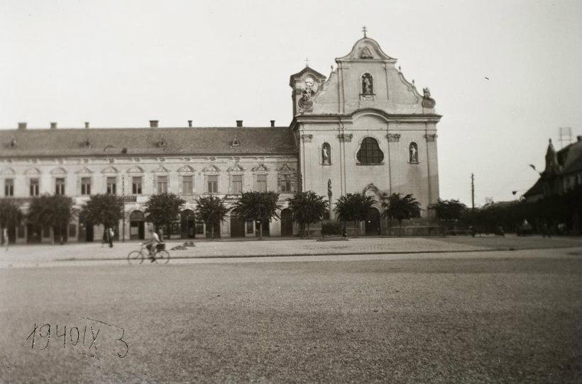 Fehérek temploma Vác