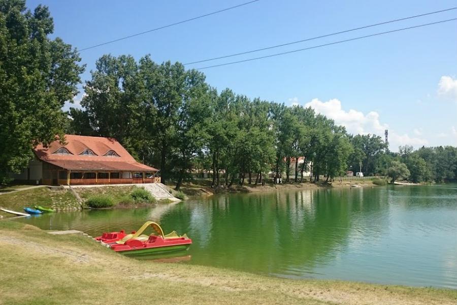 Pázsit tófürdő Pócsmegyer