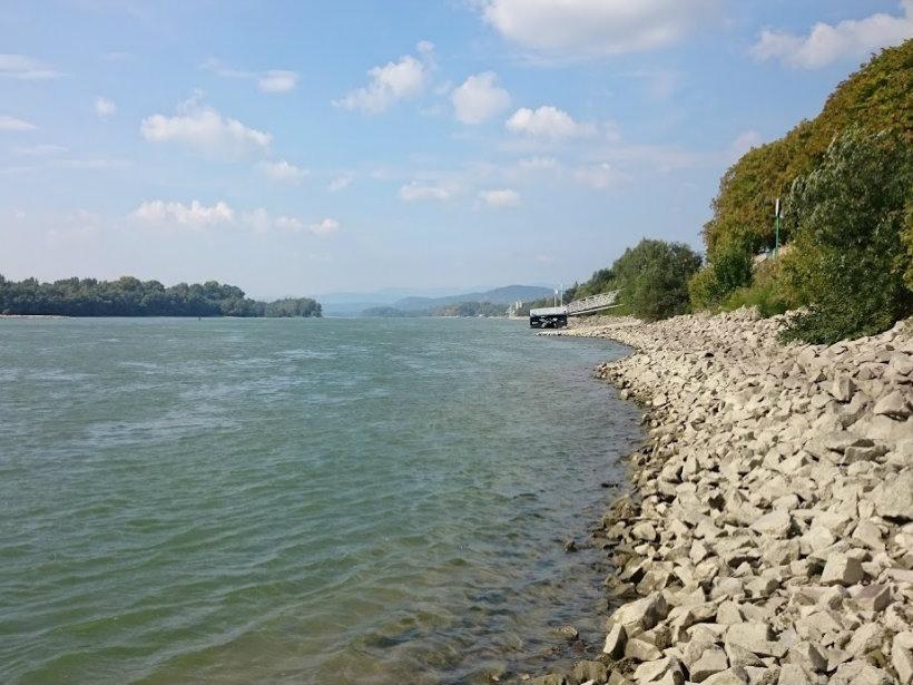 Duna-part Vác