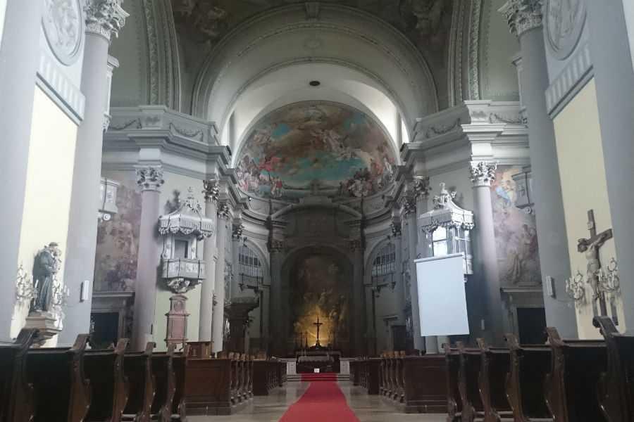 Váci Nagyboldogasszony székesegyház (Váci DOM)