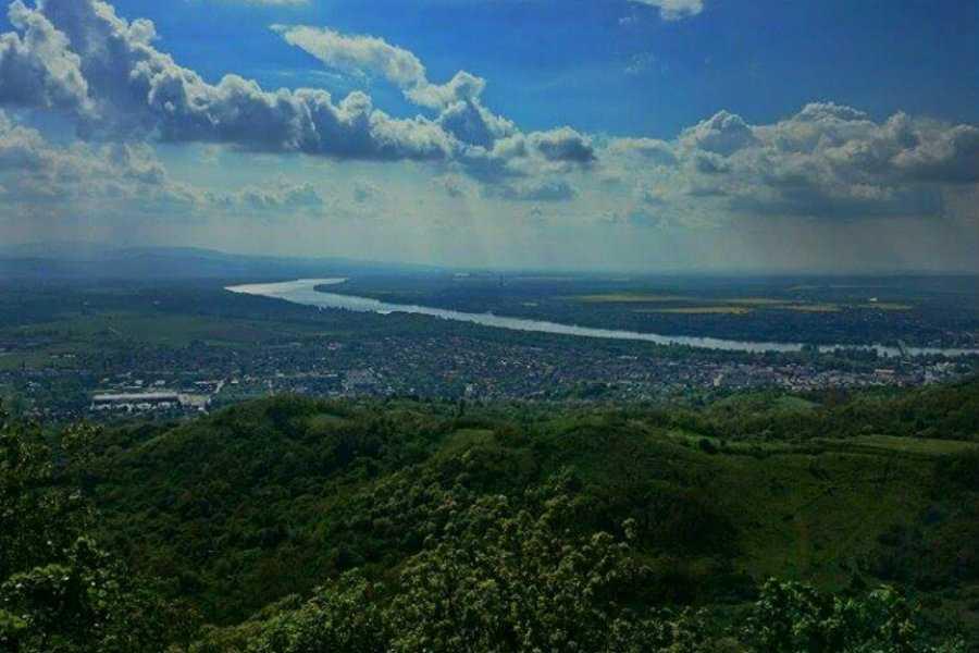 Vaskapu-hegy