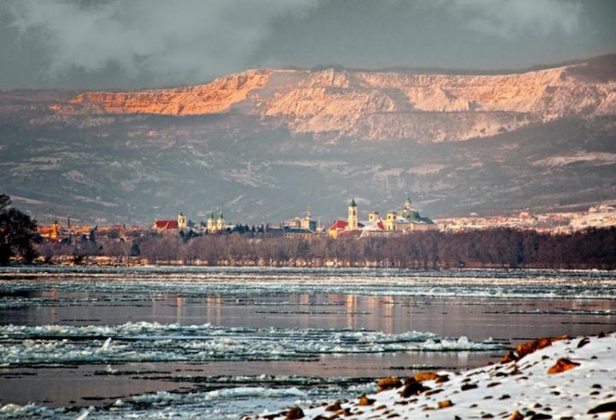 Vác Naszály-hegy