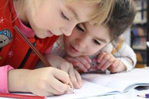 Kézműves foglalkozás gyerekeknek