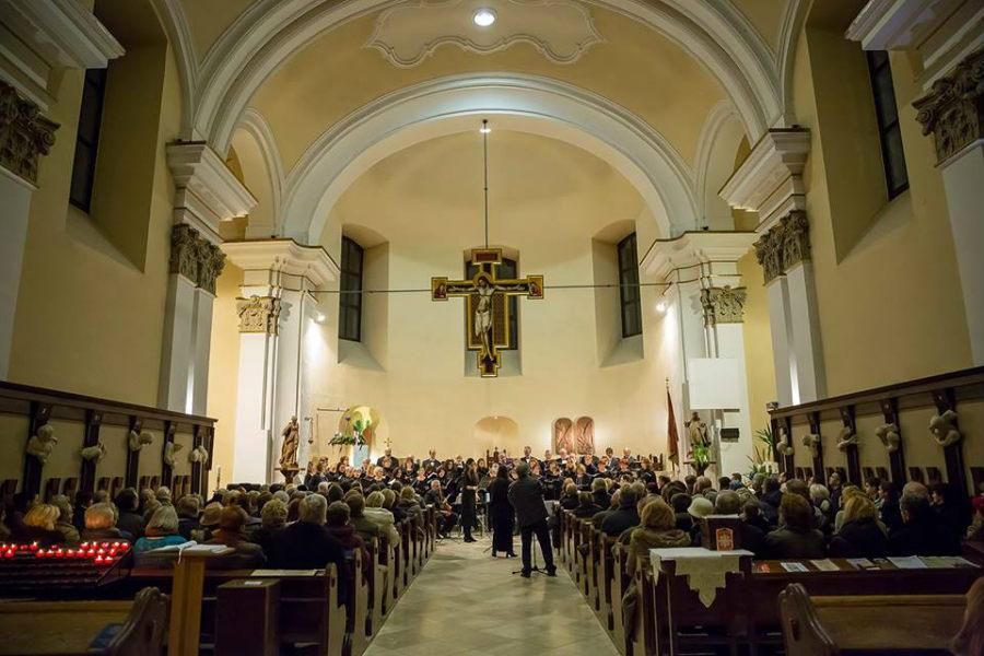 Adventi hangverseny Szentendrén