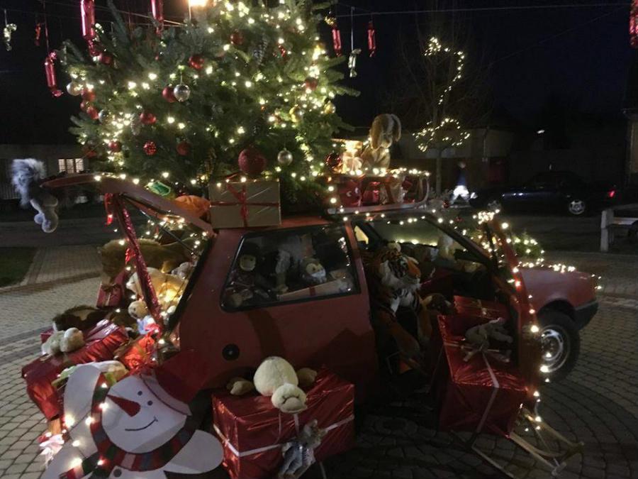 Sződligeti karácsonyi autó