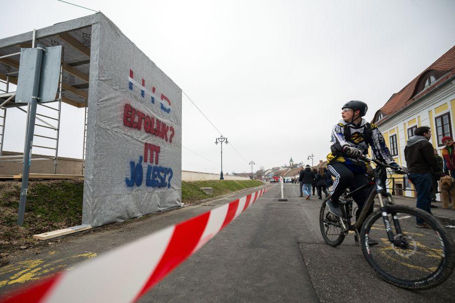 szentendrei kerékpáros híd