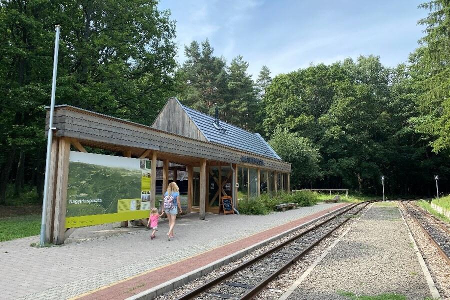 Nagyirtáspuszta erdei kisvasút állomás