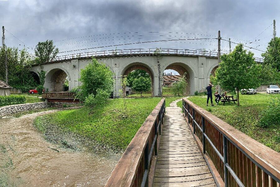 Hétlyukú híd Zebegény