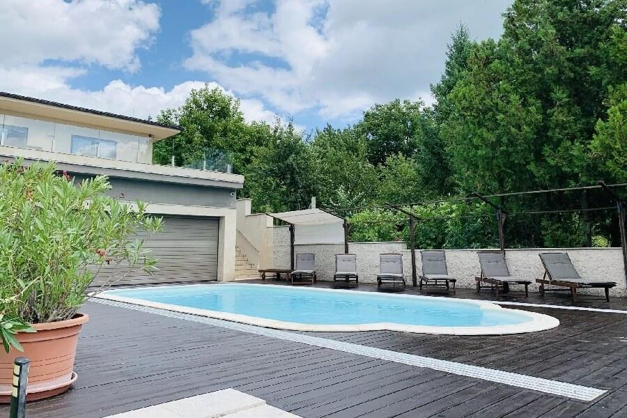 White Luxury Villa Esztergom
